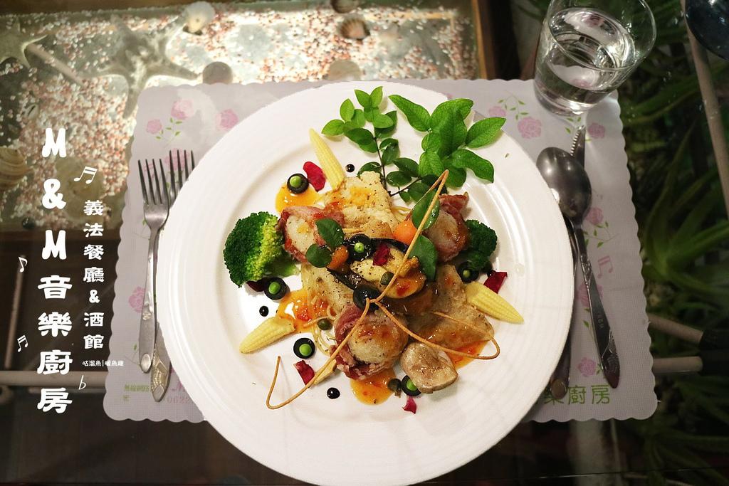 【食】台南.中西區| M&M音樂廚房 義法餐廳、酒館 ↻ 藝術與音樂結合的特色花草叢集餐廳(美味推薦)