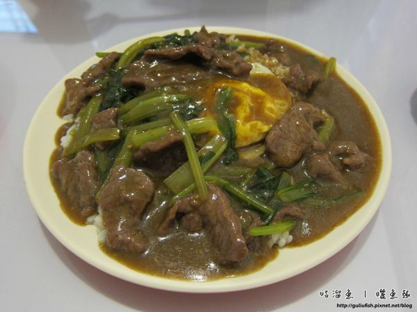 12-沙嗲牛肉飯
